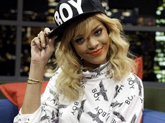 Rihanna interviewed by Jonathan Ross. Hilarious! news