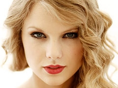 Taylor Swift is the Top Money Maker of 2011 news